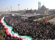 با خلق صحنه هاى پرشکوه؛ عزت و عظمت ایران را به نمایش خواهیم گذاشت