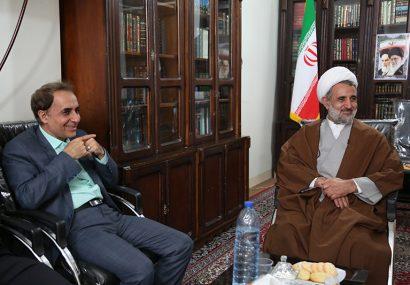 دیدار اعضای شورای اسلامی شهر قم با حجت الاسلام ذوالنور