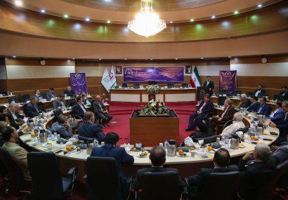 دومین گردهمایی و هم اندیشی اعضای ادوار شورای اسلامی شهر قم