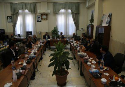 دیدار اعضای شورای اسلامی شهر قم با رئیس کل دادگستری استان قم