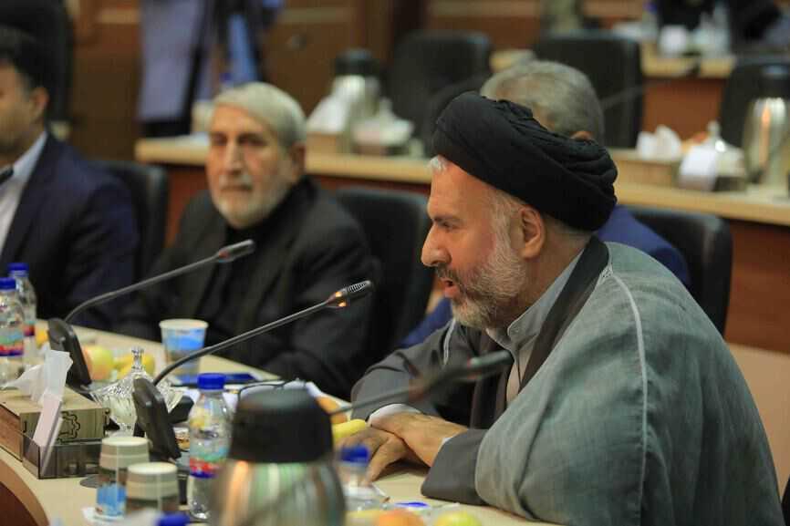 شورای اسلامی شهر قم در دوره پنجم عملکرد موفقی داشته است/ لزوم افزایش حوزه اختیارات شورا