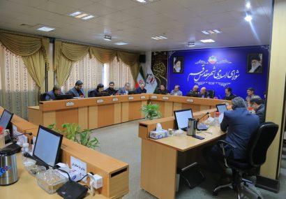 حضور سردار شاهچراغی فرمانده سپاه استان قم در جلسه رسمی شورای شهر