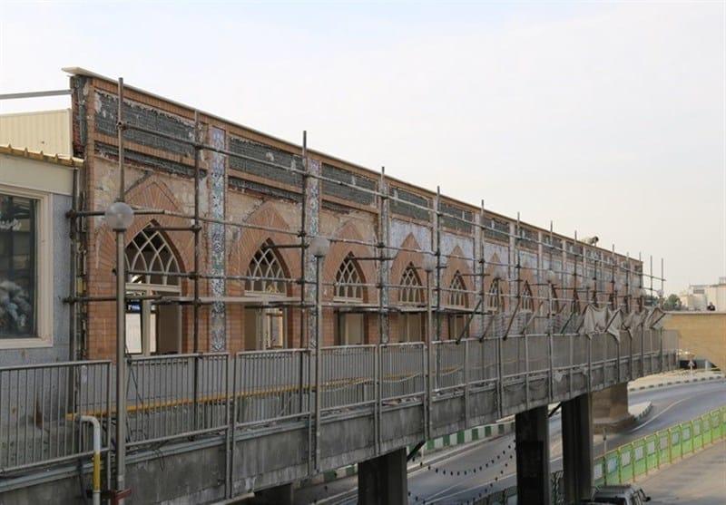 انتقاد رئیس شورای شهر قم از ساختوسازها در صحن جوادالائمه؛ فعالیتهای عمرانی متوقف شود