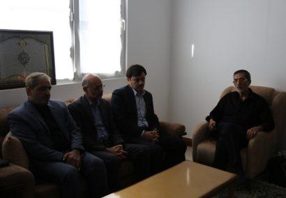 دیدار اعضای شورای اسلامی شهرمقدس قم با خانواده شهید محمد امین بیروتی