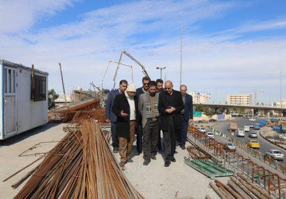 بازدید اعضای شورای اسلامی شهرمقدس قم از بتن ریزی پروژه تقاطع غیرهمسطح ولیعصر(عج)