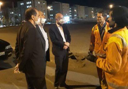 بازدید شبانه اعضای شورای اسلامی شهر مقدس قم از خدمات نیروهای خدمات شهری