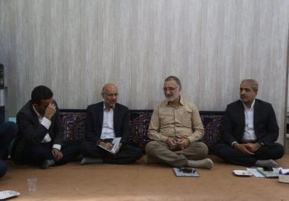 دیدار اعضای شورای اسلامی شهرمقدس قم با دکتر زاکانی نماینده مردم قم در مجلس شورای اسلامی