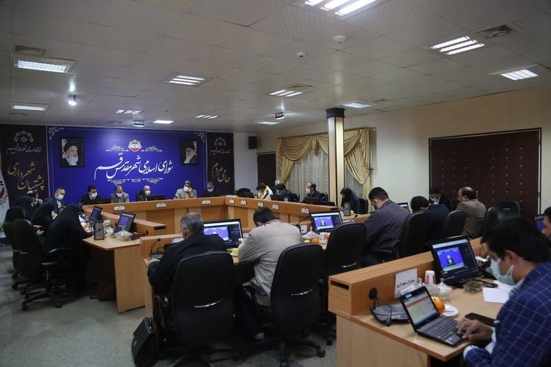 نشست خبری رئیس و روسای کمیسیون های تخصصی شورای اسلامی شهر قم